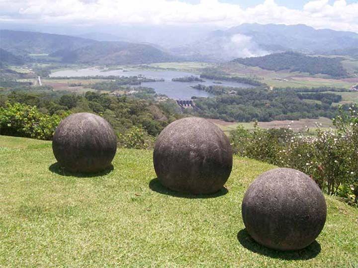 ¿Quién esculpió las gigantescas esferas de piedra de Costa Rica?
