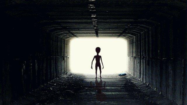 Alienígenas, OVNIs y extraños seres en las aguas de Rusia