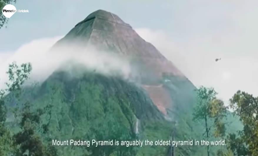 Indonesia: Colosales pirámides de 25.000 años del tamaño de una montaña