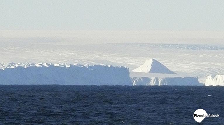 Pirámides antiguas descubiertas en la Antártida