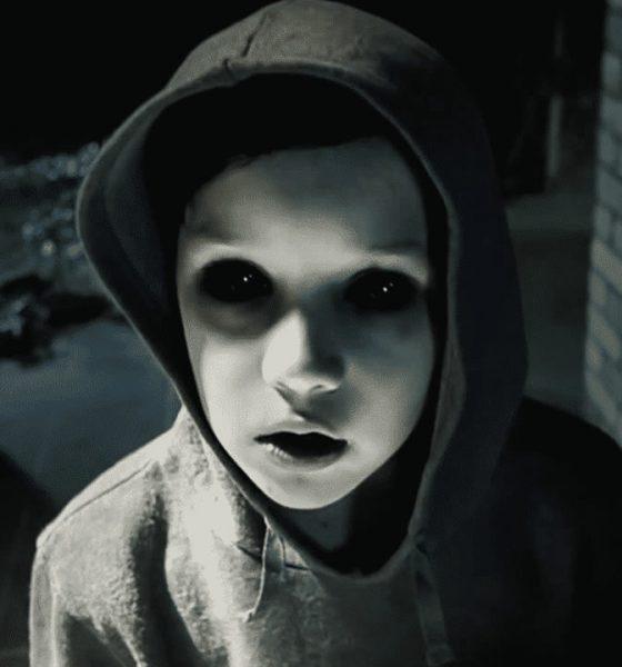 """El Fenómeno de los """"Niños de Ojos Negros"""" - ¿Cuál es su origen?"""