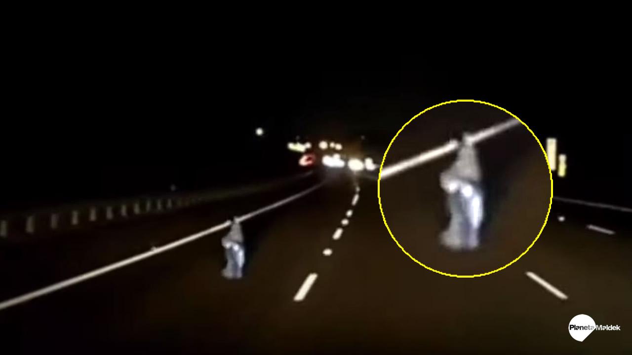 Extraño Fenómeno es captado en video cerca de autopista de Sydney