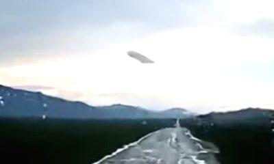 OVNI gigantesco observado sobre la aldea en la República de Altai, Rusia