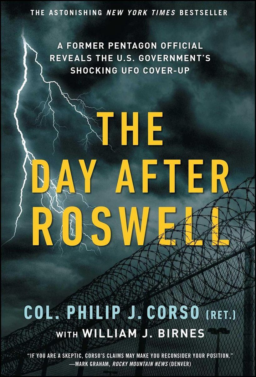 """Libro """"The Day After Roswell"""", de Philip J. Corso"""