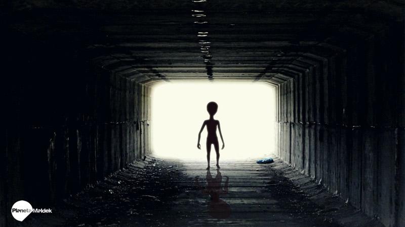 ¿Ya se produjo el contacto extraterrestre? Según Uri Geller, habría ocurrido hace 50 años o más.